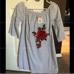 Dresses & Skirts - Small blue/white stripe dress w/ red flower accent